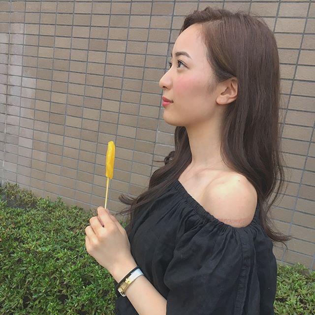 【農海姫夏エロ画像】へそ出しレースクイーン衣装がエロい現役女子大生グラビアアイドル! 03