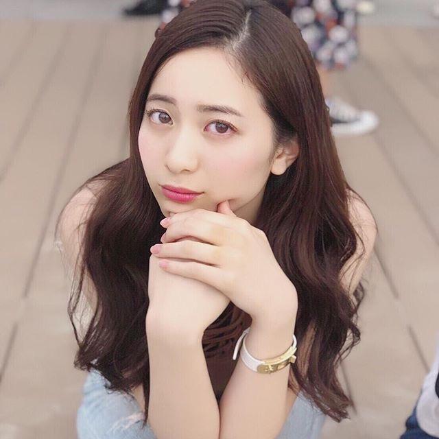 【農海姫夏エロ画像】へそ出しレースクイーン衣装がエロい現役女子大生グラビアアイドル! 25