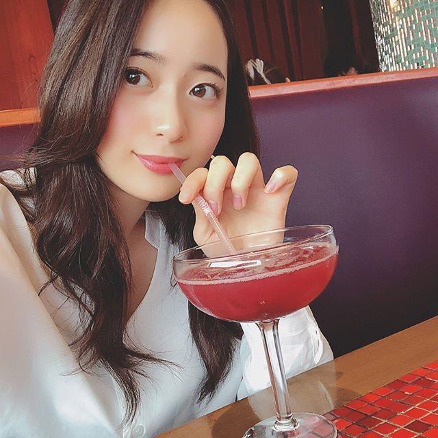 【農海姫夏エロ画像】へそ出しレースクイーン衣装がエロい現役女子大生グラビアアイドル! 27
