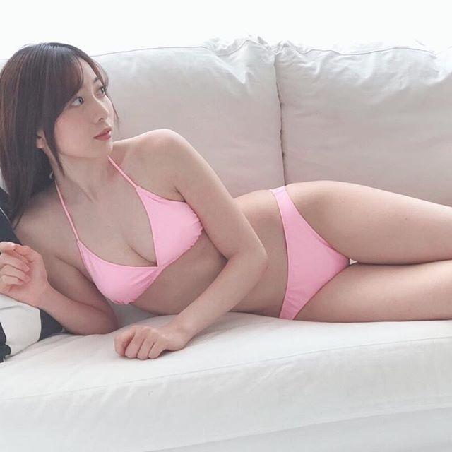 【農海姫夏エロ画像】へそ出しレースクイーン衣装がエロい現役女子大生グラビアアイドル! 68