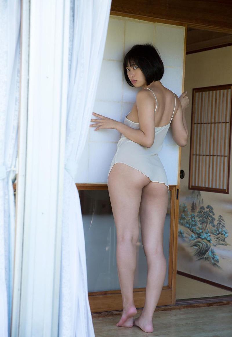 【倉持由香グラビア画像】大きくて綺麗でエロい100cmヒップが自慢のグラビアアイドル! 21