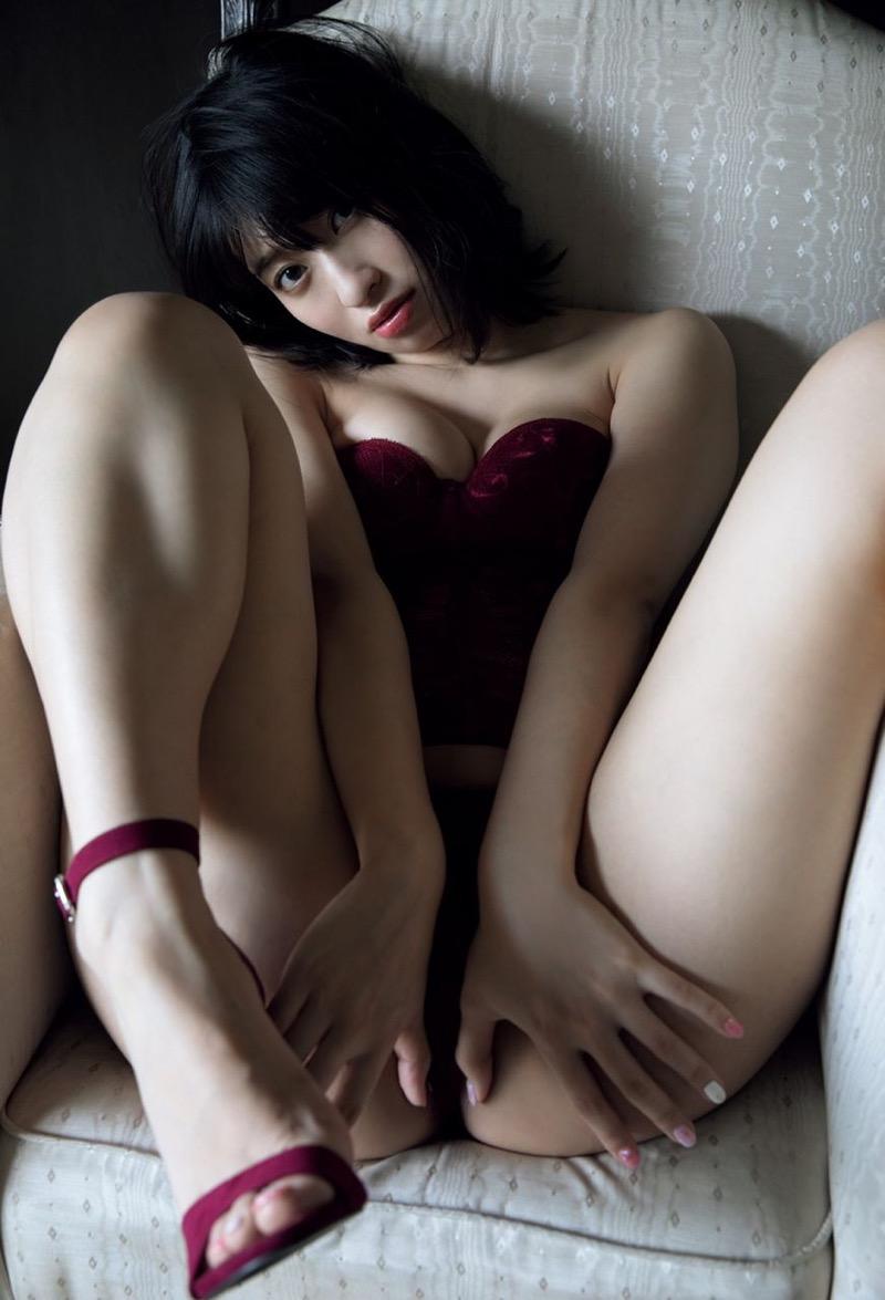 【倉持由香グラビア画像】大きくて綺麗でエロい100cmヒップが自慢のグラビアアイドル! 40
