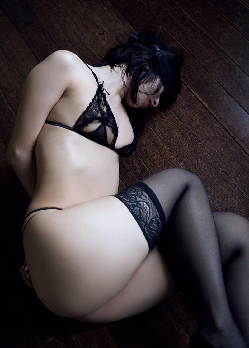 【倉持由香グラビア画像】大きくて綺麗でエロい100cmヒップが自慢のグラビアアイドル! 49