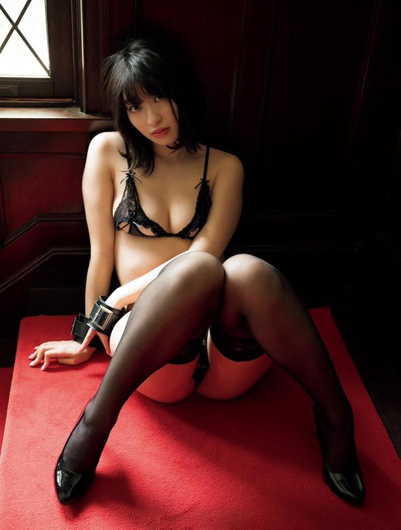 【倉持由香グラビア画像】大きくて綺麗でエロい100cmヒップが自慢のグラビアアイドル! 64