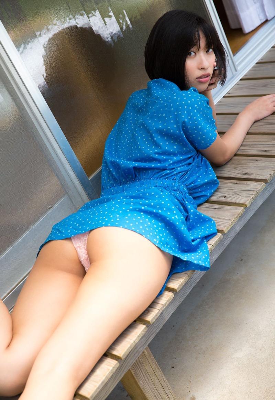 【倉持由香グラビア画像】大きくて綺麗でエロい100cmヒップが自慢のグラビアアイドル! 76