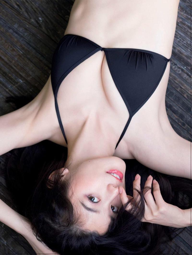 【朝比奈彩エロ画像】高身長ボディでビキニ姿が綺麗に映えるファッションモデルのグラビア! 54