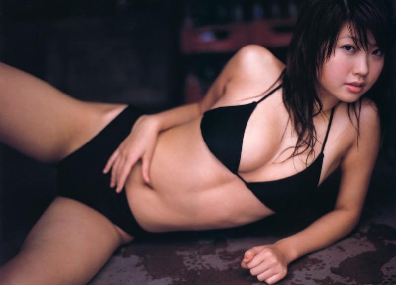 【吉田亜咲グラビア画像】現役女子高生としてデビューした長身エロボディのグラビアアイドル