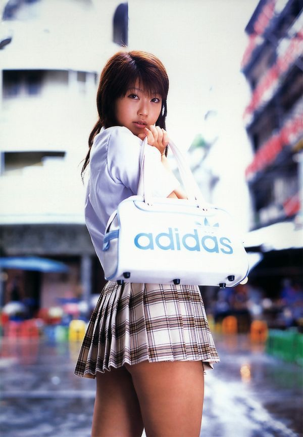 【吉田亜咲グラビア画像】現役女子高生としてデビューした長身エロボディのグラビアアイドル 48