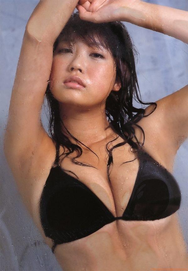 【吉田亜咲グラビア画像】現役女子高生としてデビューした長身エロボディのグラビアアイドル 50