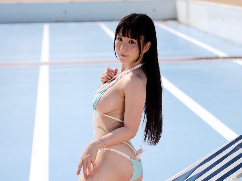 【雨宮留菜エロ画像】チンコにクリーンヒットするむっちりIカップ爆乳ボディのコスプレ娘 04