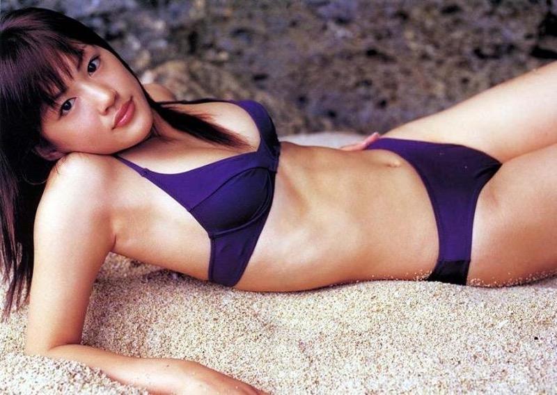 【綾瀬はるかエロ画像】今、女優として乗りに乗っている美熟女が披露したセクシーショット! 05