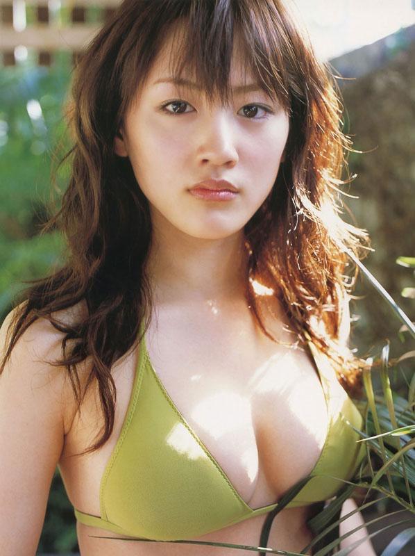 【綾瀬はるかエロ画像】今、女優として乗りに乗っている美熟女が披露したセクシーショット! 45