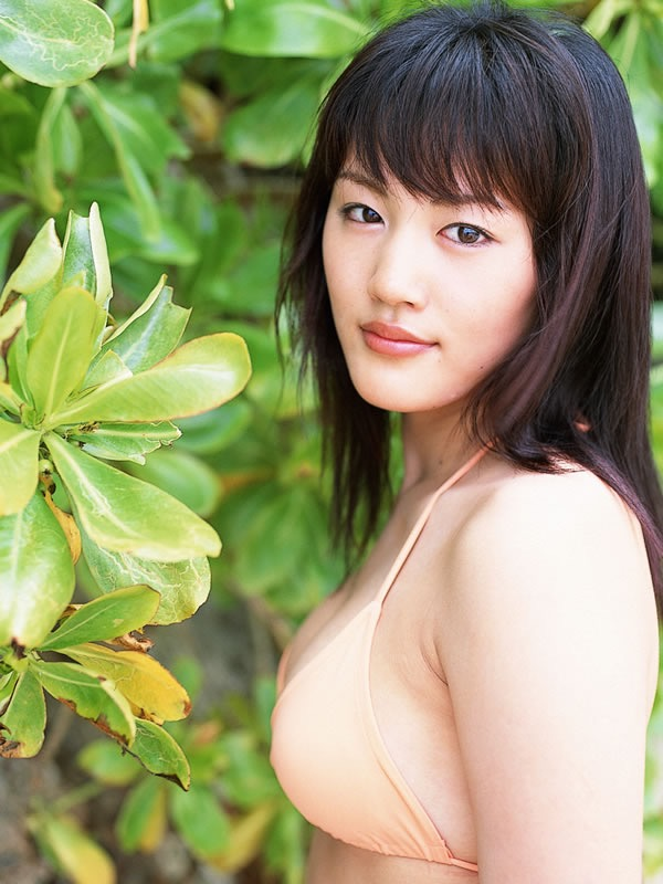 【綾瀬はるかエロ画像】今、女優として乗りに乗っている美熟女が披露したセクシーショット! 48