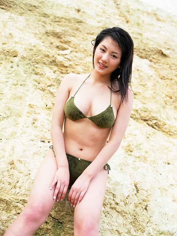 【綾瀬はるかエロ画像】今、女優として乗りに乗っている美熟女が披露したセクシーショット! 50