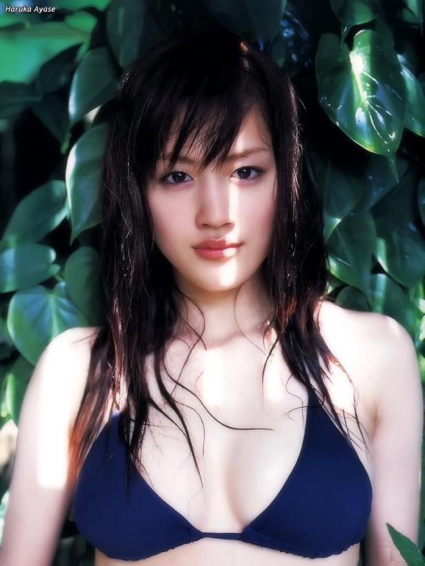 【綾瀬はるかエロ画像】今、女優として乗りに乗っている美熟女が披露したセクシーショット! 55