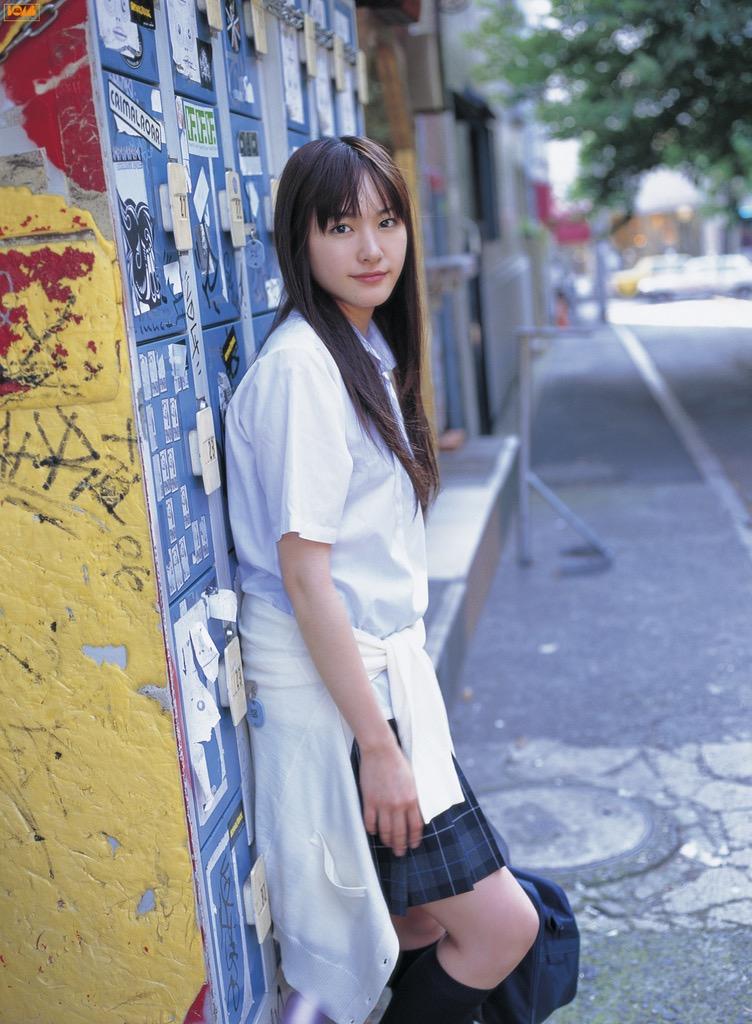 【新垣結衣お宝画像】姉の勧めで受けたオーディションに出てグランプリを獲ってしまった美少女モデル! 06