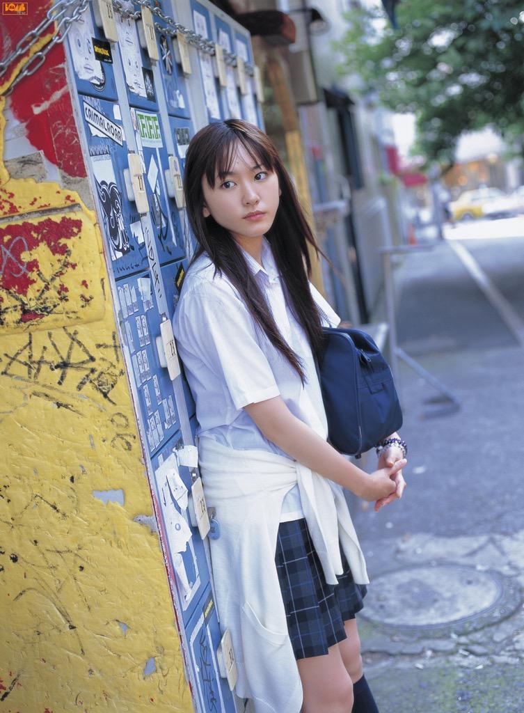 【新垣結衣お宝画像】姉の勧めで受けたオーディションに出てグランプリを獲ってしまった美少女モデル! 08