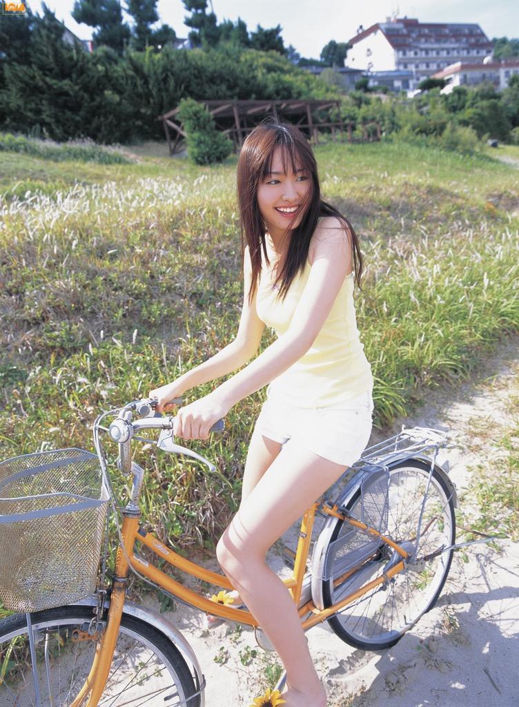 【新垣結衣お宝画像】姉の勧めで受けたオーディションに出てグランプリを獲ってしまった美少女モデル! 12