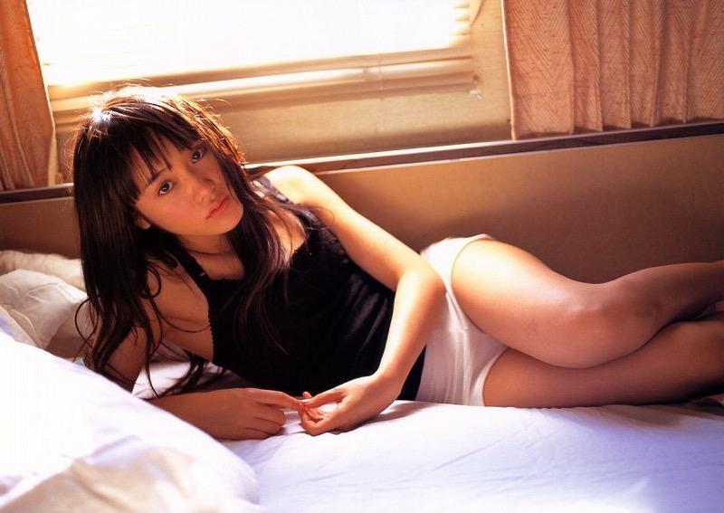 【山口紗弥加エロ画像】数多くのドラマに出演してきたベテラン女優の初々しい水着写真 74