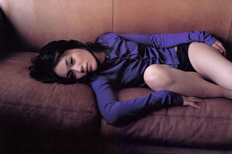 【山口紗弥加エロ画像】数多くのドラマに出演してきたベテラン女優の初々しい水着写真 80