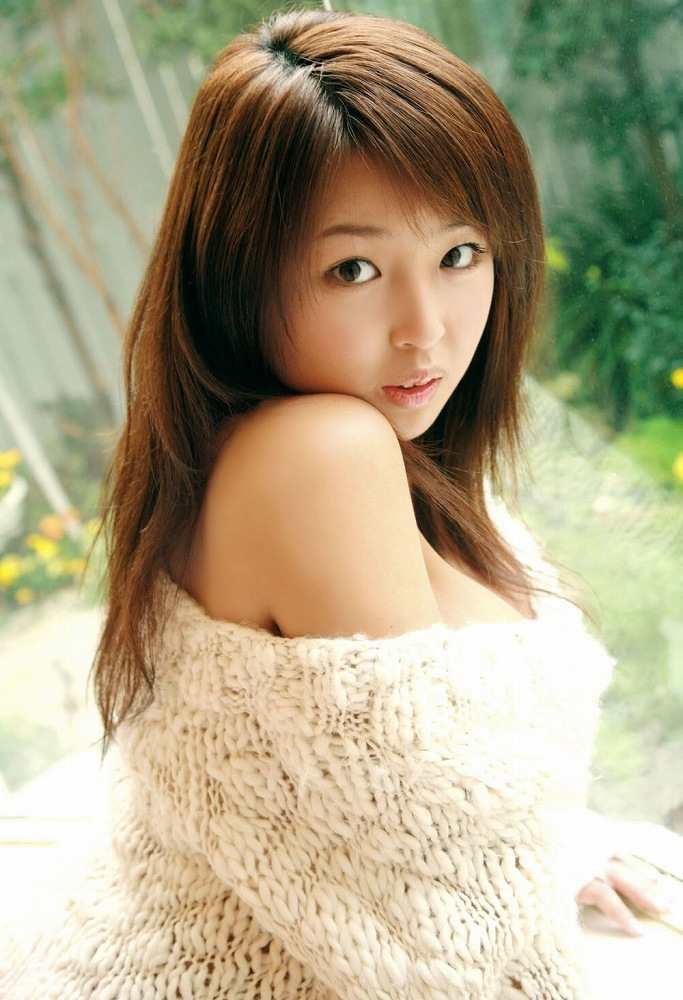 【手束真知子ヌード画像】元アイドルで現役アラサーグラドルの色気たっぷりヌード画像 43