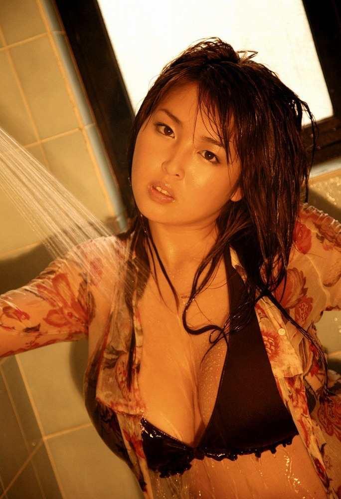 【手束真知子ヌード画像】元アイドルで現役アラサーグラドルの色気たっぷりヌード画像 51