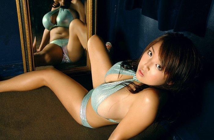 【手束真知子ヌード画像】元アイドルで現役アラサーグラドルの色気たっぷりヌード画像 74