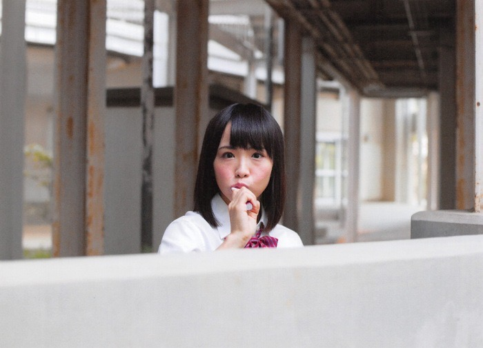 【松村香織エロ画像】令和に変わると共に新たな旅立ちをした元SKE48アイドルのセミヌード 09