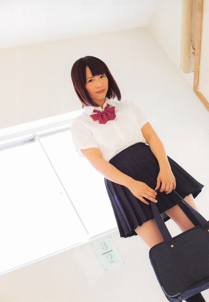 【松村香織エロ画像】令和に変わると共に新たな旅立ちをした元SKE48アイドルのセミヌード 14