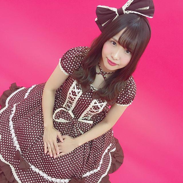 【松村香織エロ画像】令和に変わると共に新たな旅立ちをした元SKE48アイドルのセミヌード 60
