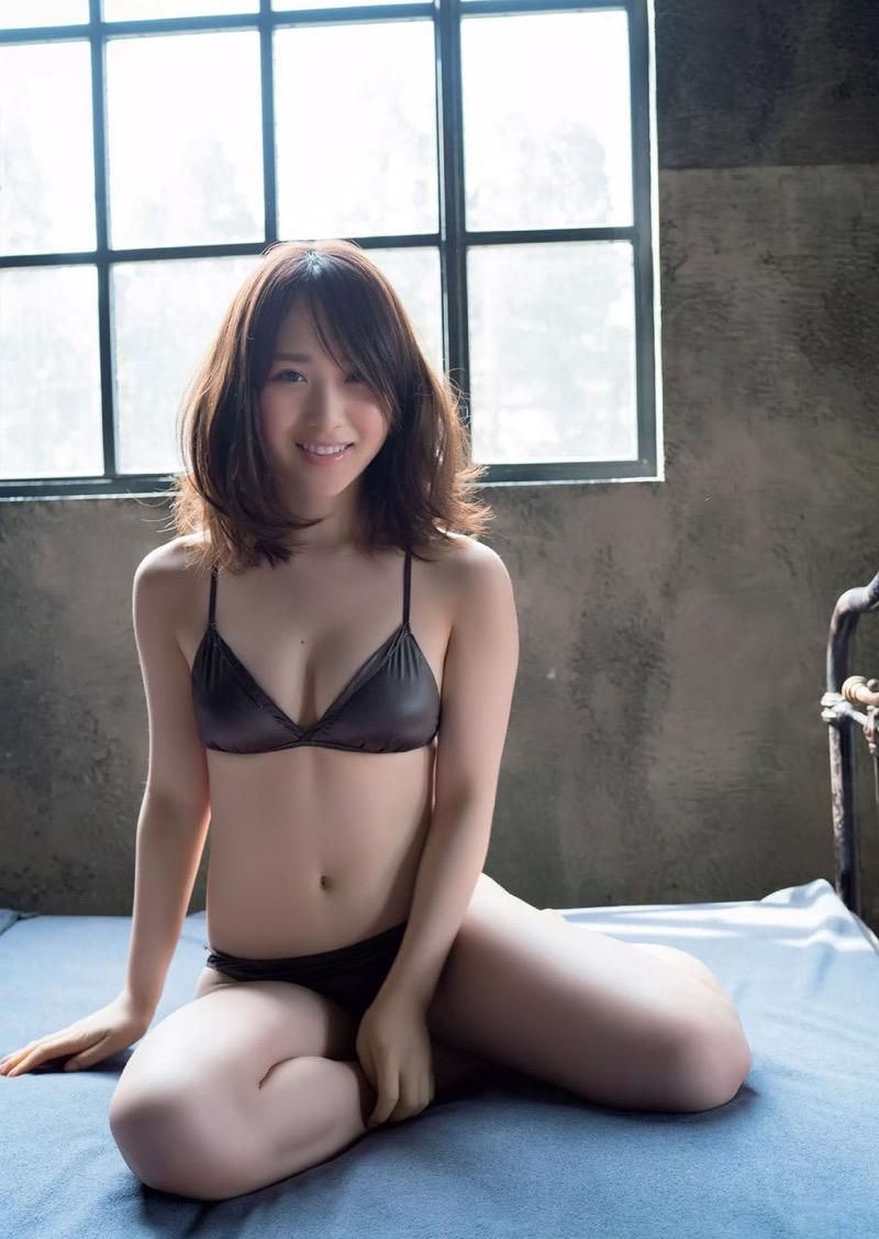 【高橋朱里エロ画像】日本のアイドルから韓国のアイドルへと転身したアイドルのグラビア 26