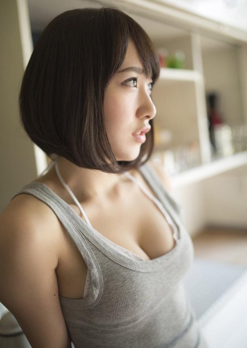 【高橋朱里エロ画像】日本のアイドルから韓国のアイドルへと転身したアイドルのグラビア 28