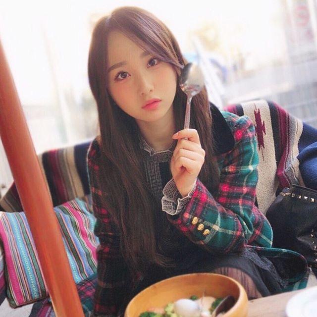 【高橋朱里エロ画像】日本のアイドルから韓国のアイドルへと転身したアイドルのグラビア 76