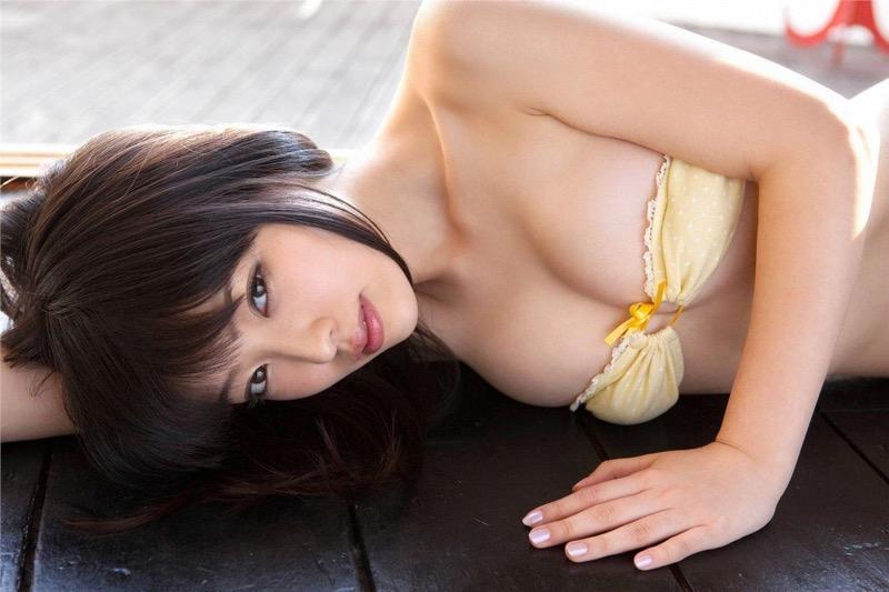 【安藤遥グラビア画像】女子高生レースクイーンとしてデビューしたスレンダーボディのエロ娘! 14