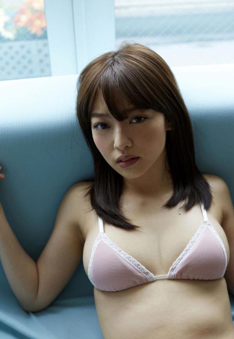 【安藤遥グラビア画像】女子高生レースクイーンとしてデビューしたスレンダーボディのエロ娘! 57