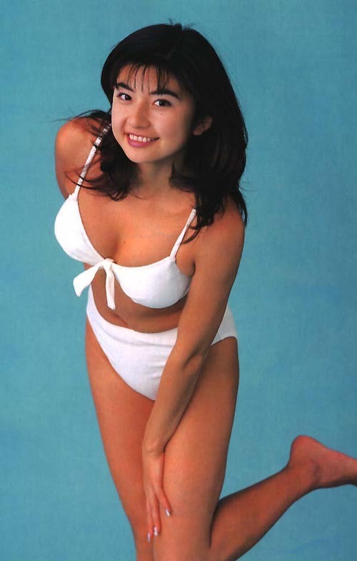 【松田純グラビア画像】セクシーな目線が魅力的なグラビアアイドルのノーブラ乳寄せ写真 46
