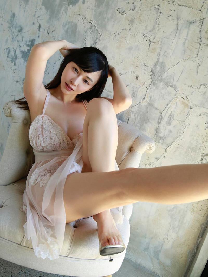 【杉原杏璃エロ画像】アラフォーが近付いてもまだまだ若くて綺麗な巨乳美人タレントのメイク術 55