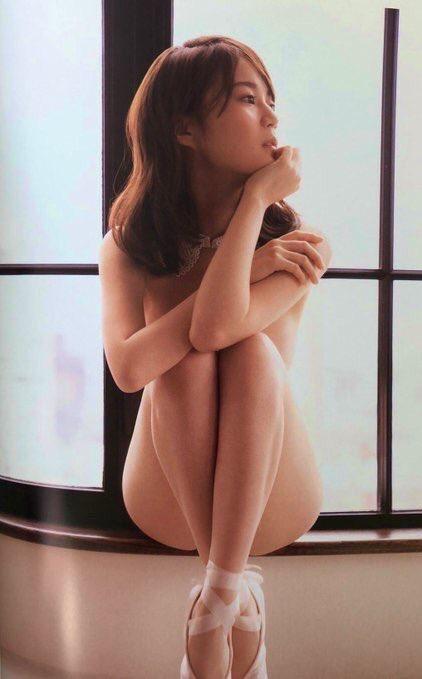 【生田絵梨花エロ画像】セカンド写真集でヌード解禁した乃木坂46の現役アイドル! 03