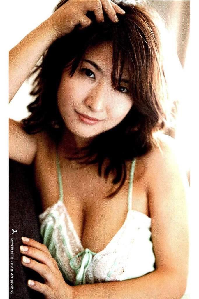 【古瀬絵理エロ画像】自慢のスイカップを存分に活かしてテレビで見せまくる爆乳女子アナウンサー 47