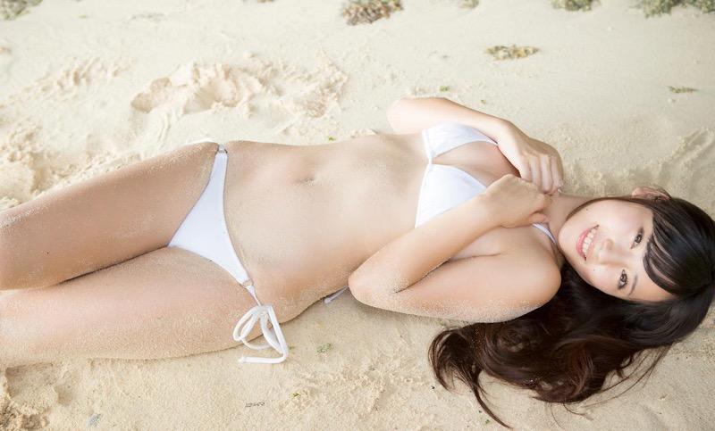 【池上紗理依グラビア画像】様々なデザインのビキニや下着を着こなすエロ可愛い美少女グラドル 04