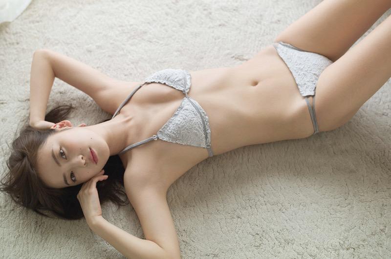 【池上紗理依グラビア画像】様々なデザインのビキニや下着を着こなすエロ可愛い美少女グラドル 13