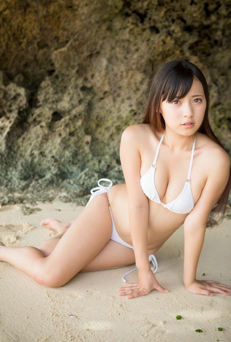 【池上紗理依グラビア画像】様々なデザインのビキニや下着を着こなすエロ可愛い美少女グラドル 24