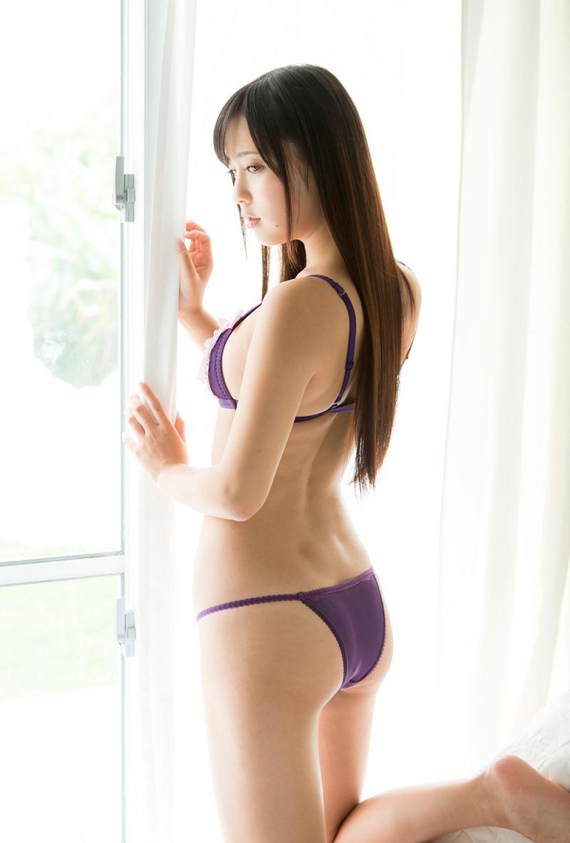 【池上紗理依グラビア画像】様々なデザインのビキニや下着を着こなすエロ可愛い美少女グラドル 27