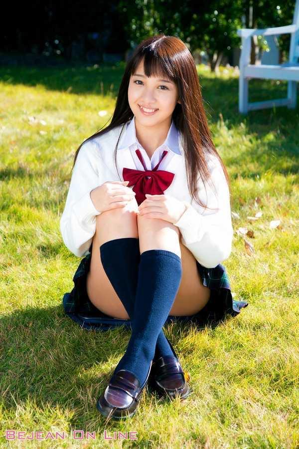 【池田ショコラグラビア画像】名前と身体がとっても美味しそうなスレンダー美少女のエロ画像 04
