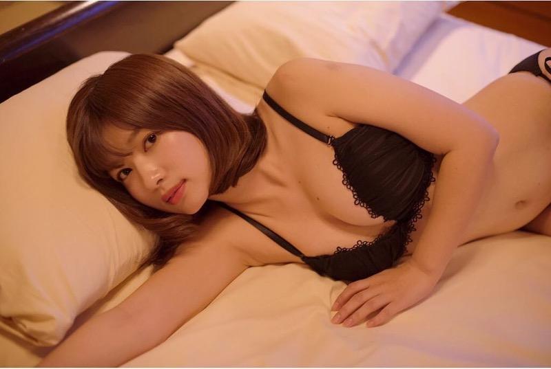 【石岡真衣エロ画像】グラビアアイドルに憧れてデビューしたFカップ巨乳娘のギリギリヌード! 09