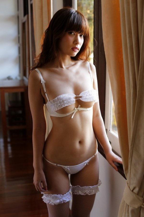 【石岡真衣エロ画像】グラビアアイドルに憧れてデビューしたFカップ巨乳娘のギリギリヌード! 18