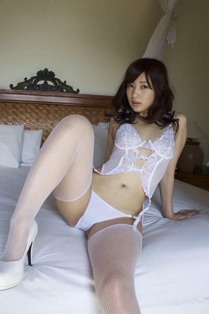 【石岡真衣エロ画像】グラビアアイドルに憧れてデビューしたFカップ巨乳娘のギリギリヌード! 24