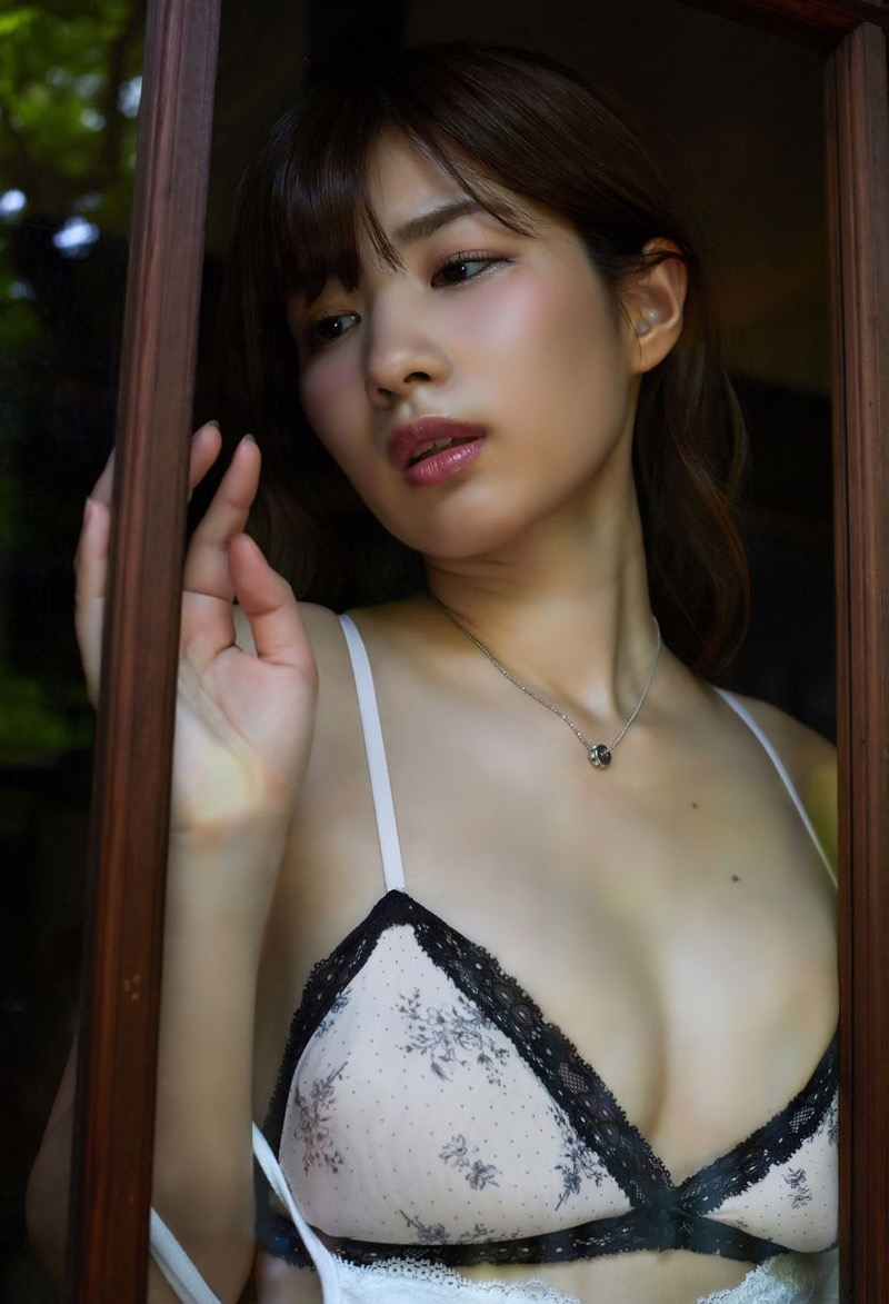 【石岡真衣エロ画像】グラビアアイドルに憧れてデビューしたFカップ巨乳娘のギリギリヌード! 65