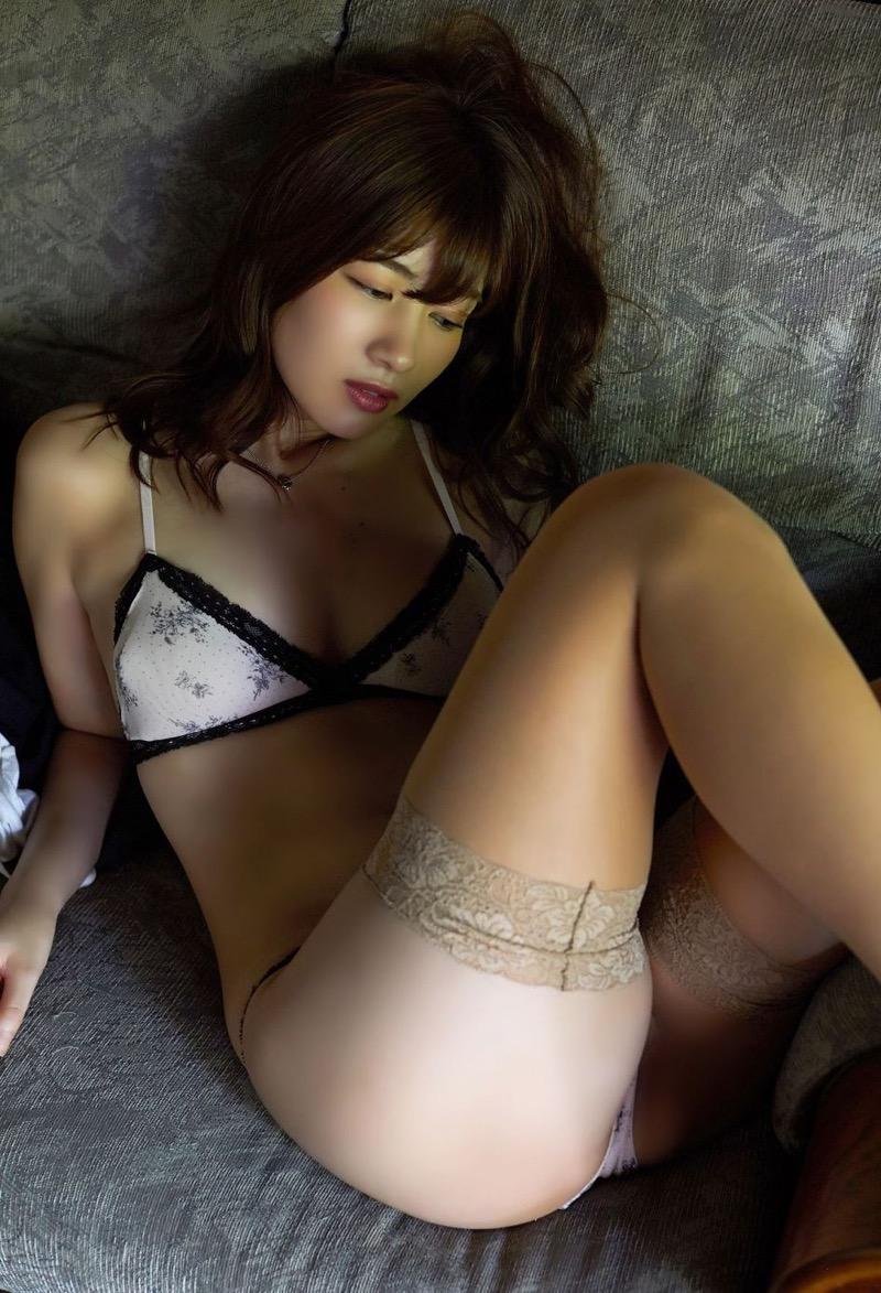 【石岡真衣エロ画像】グラビアアイドルに憧れてデビューしたFカップ巨乳娘のギリギリヌード! 68