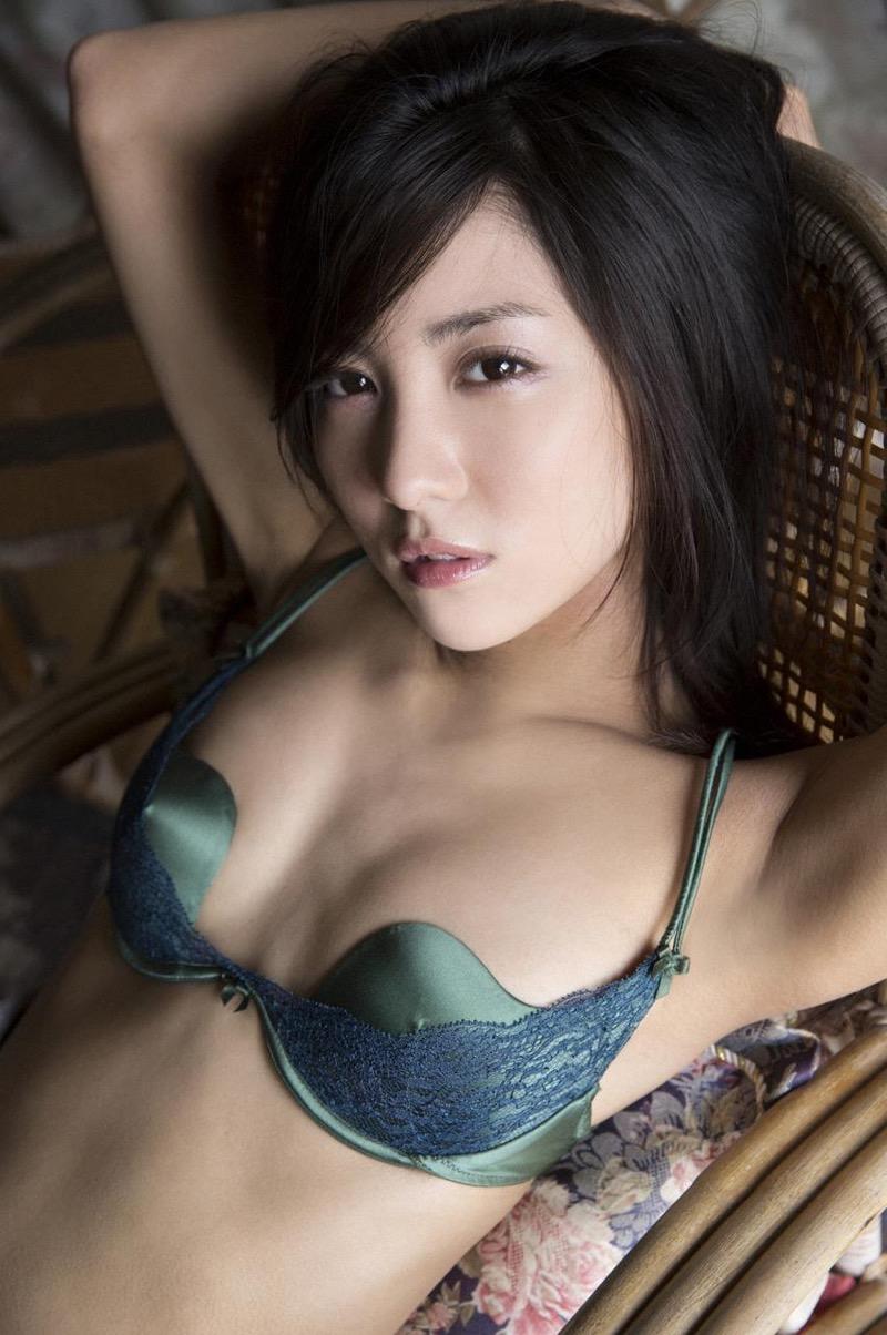 【石川恋グラビア画像】ファッションモデルとは思えない高露出写真を披露するセクシー美女 27